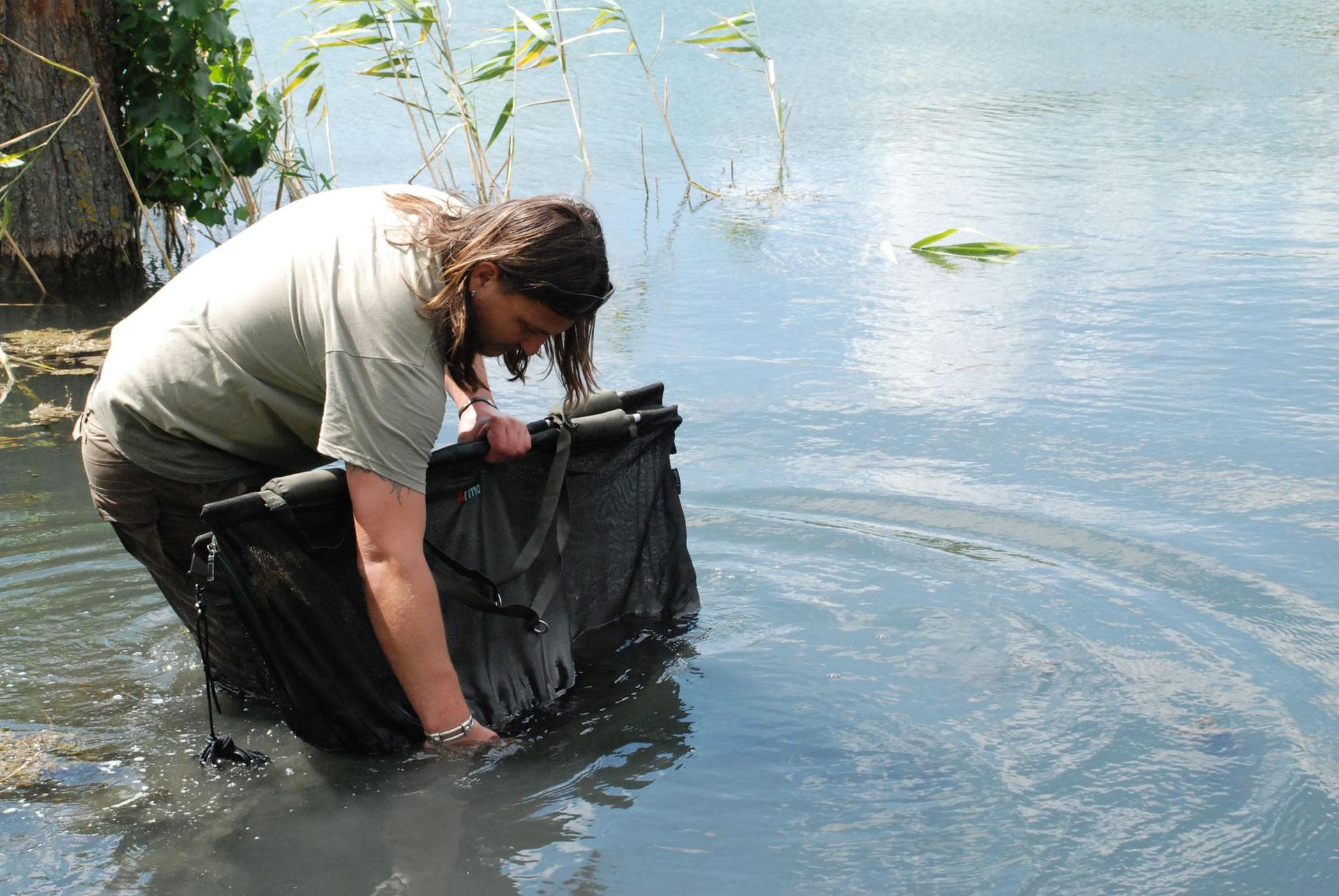Célszerű olyan halmérlegelőt használni ami egyben halvissszaengedő is